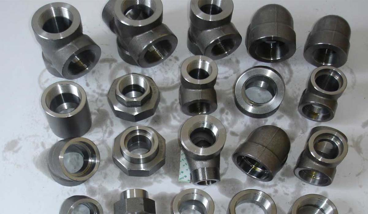 carbon steel pipe fittings cs flanges carbon steel pipes tubes